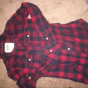 💎 3/$20 💎 Plaid shirt blue and red